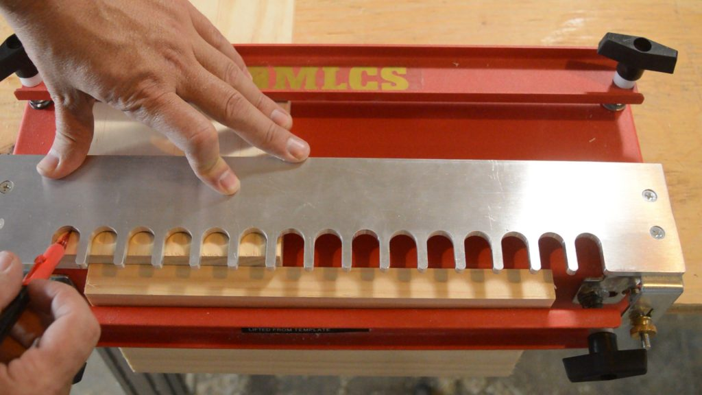 The back of the MLCS Dovetail Jig Slot.