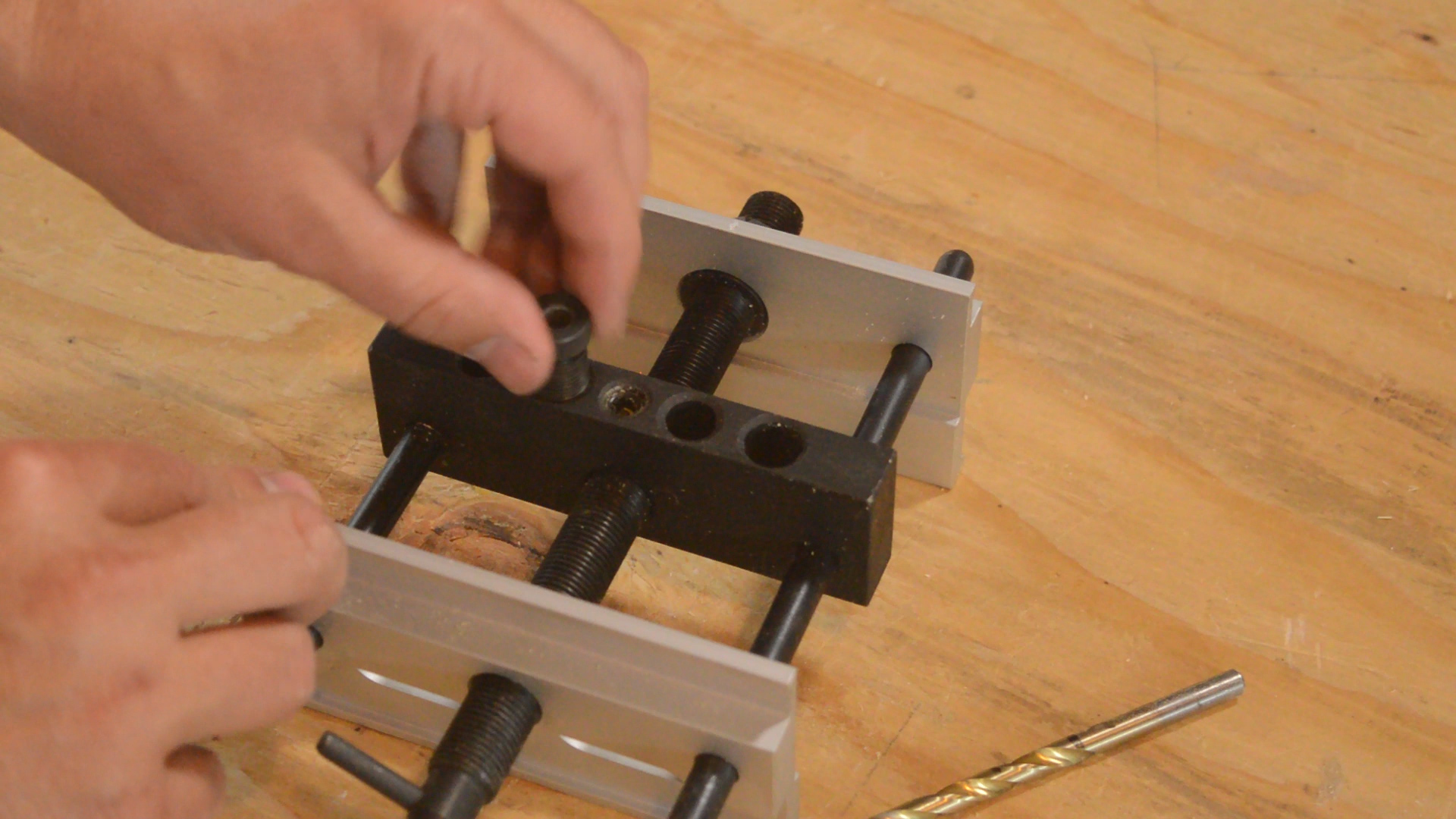 Using the MLCS Self-Centering Doweling Jig.