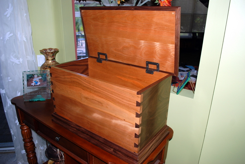 Pdf Diy Toy Chest Instructions Download Toy Box Plans From