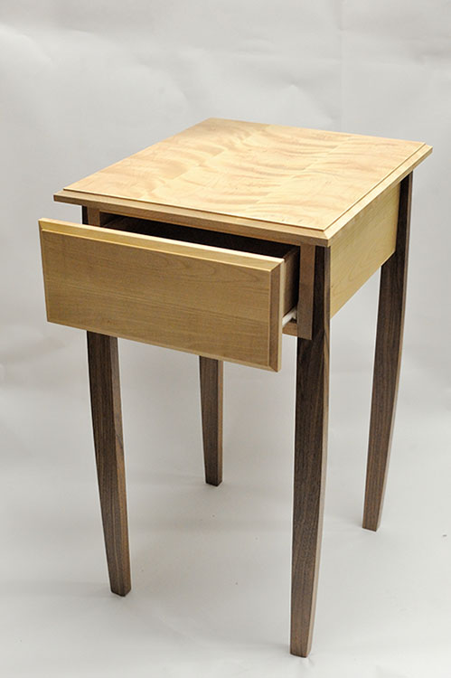 Mlcs free downloadable woodworking project plans for Functional side table